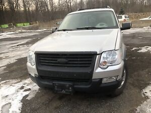 2007 Ford Explorer for parts only