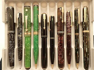 PARKER AND EVERSHARP FOUNTAIN PEN AND PENCILS SETS -- SOME GOLD NIBS --LOT 374