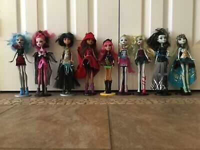 Lot of 9 Monster High Dolls, Original Group - Main Characters, Used with Stands  - Monster High Character Dolls