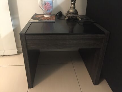 Very new lamp table