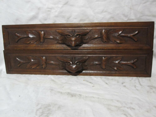 PAIR OFF ANTIQUES FRENCH HUNTINGTROPHYS  ARCHITECTURAL PEDIMENTS