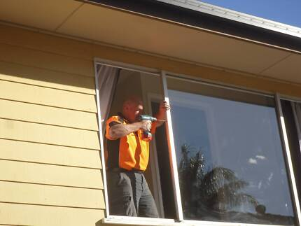 ALL Suburbs Discount Emergency Glass Repairs - Glazier