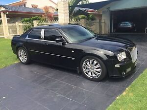 Chrysler 300c srt Currumbin Waters Gold Coast South Preview