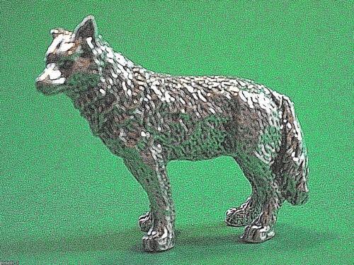 WOLF - figurine , mini statue GIFT BOXED