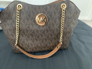 dd89b4176e5657 Michael Kors | Buy or Sell Women's Bags & Wallets in Calgary ...