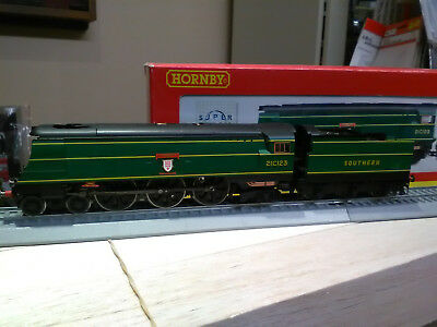 Hornby R2219 SR Southern Railway 4-6-2 West Country Class Blackmoor Vale BNIB