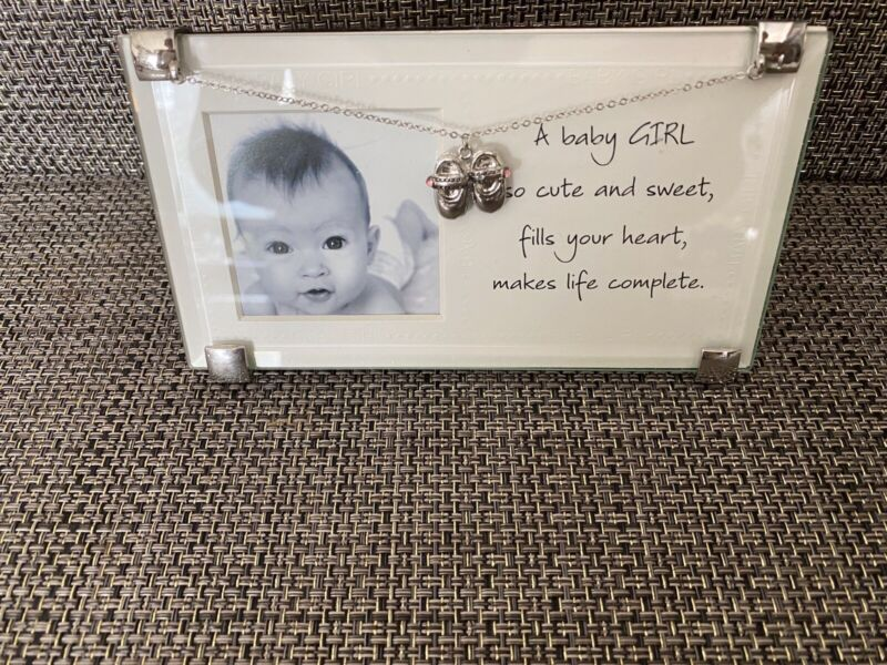 """New Gorgeous Baby Girl Glass Picture Frame Sz 6.5""""x3.5"""" with Quote"""