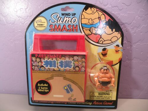 Sababa Toys – Tomy Classics – NOS Wind Up Sumo Smash Action Game