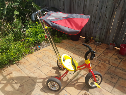 Kids trike Phillips Courrier, with detachable sunshade