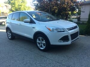 2014 Ford Escape (NEW WINTER TIRES)
