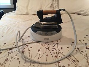 Delonghi steam iron