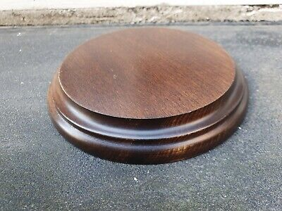 VINTAGE  WOOD MAHOGANY COLOUR VASE ROUND TROPHY BOWL FIGURE STAND (N)