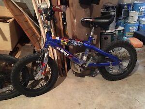 Hot wheels bmx/kids bike