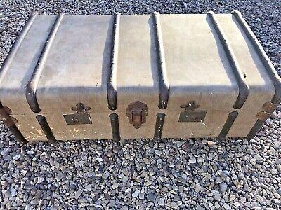 Antique Vintage Steamer Travel Trunk  Coffee Table/Chest/Storage/Shop Display