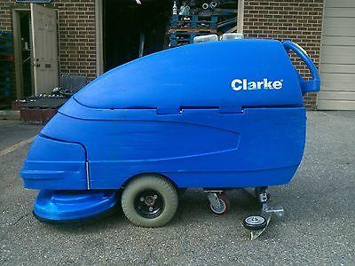 Reconditioned Clarke Focus S28 Walk-behind 28-inch Floor Scrubber Under 600hr