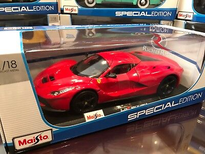 Maisto 1:18 Scale Special Edition Diecast Model Car - Ferrari LaFerrari (Red) (18 Maisto Special Edition)