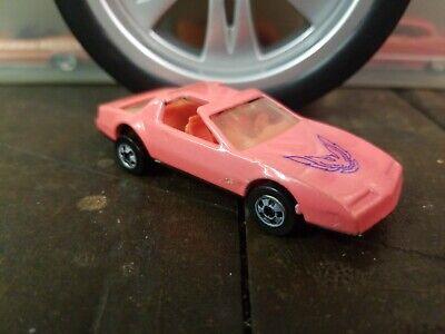 Hot Wheels Color Changers 80's Pontiac Firebird Pink (a)