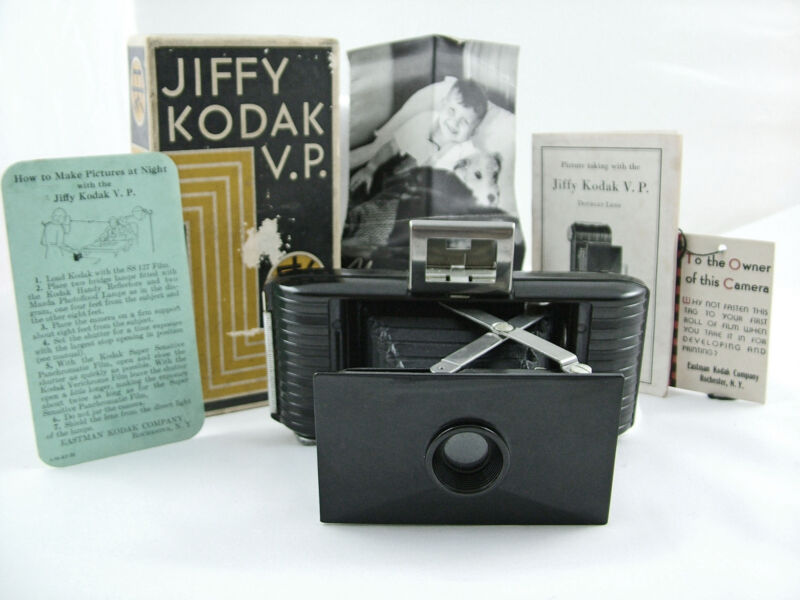 VINTAGE KODAK JIFFY VEST POCKET CAMERA 1935-42