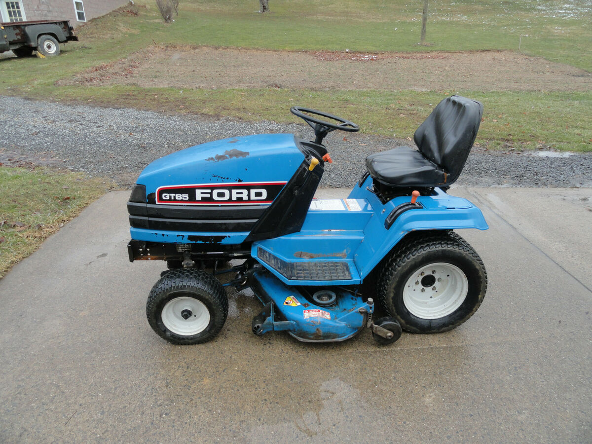 Ford gt 65 diesel lawn and garden tractor on popscreen for Ford garden tractor