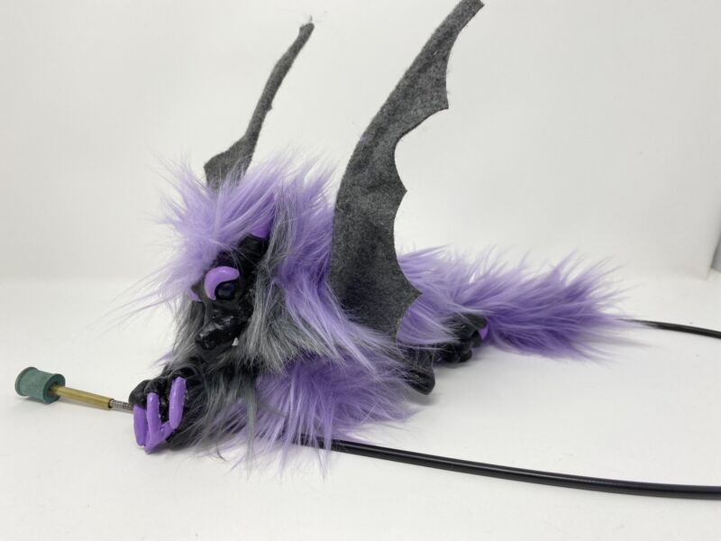 Woodbaby Midsummer Knights Dream Shoulder Cable Puppet Baby Dragon Purple Gray
