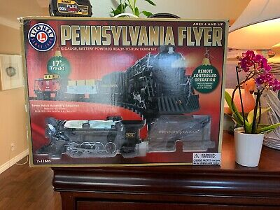 Christmas HOLIDAYS Lionel Pennsylvania Flyer Train Set PRISTINE Shape COMPLETE