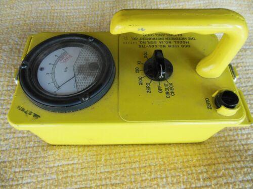 FACTORY ORIGINAL VICTOREEN CDV-715 MODEL 1A SURVEY METER RADIATION DETECTOR