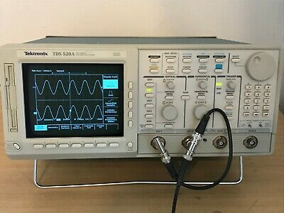Tektronix Tds520a 500mhz 500mss In Perfect Working Condition.
