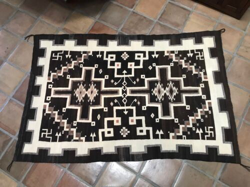 """1920's TWO GREY HILLS / CRYSTAL NAVAJO RUG 83"""" x 54""""– Water Bugs & Whirling Logs"""