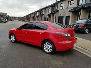 Mazda 3 2013 very low kms safety & E test mint condition