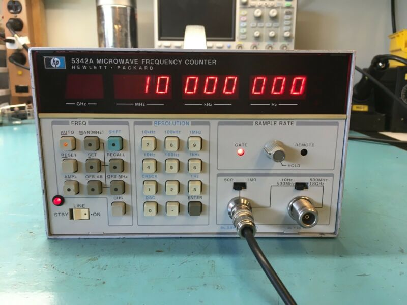 Hewlett-Packard HP 5342A Microwave Frequency Counter Opt. 001 & 011 - OCXO