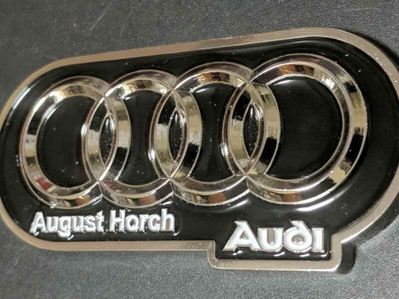 """Audi """"August Horch"""" founder very unique keychains..(i13)"""