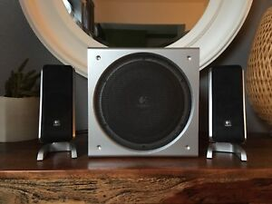 Logitech Z3 Speakers with Subwoofer