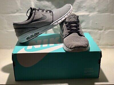 Nike - UK 8