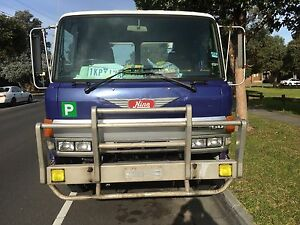 Tilt tray Hino truck Dandenong Greater Dandenong Preview