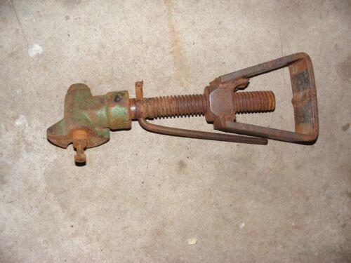 John Deere 14 T Baler  Storage Jack