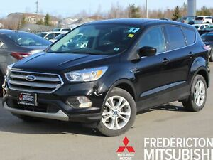 2017 Ford Escape SE 4X4 | HEATED SEATS | BACK UP CAM
