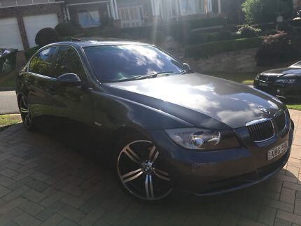 BMW 325i Auto Sedan - Just Serviced - Log Books - Sunroof Castle Hill The Hills District Preview