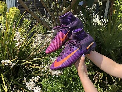 Purple Nike Mercurial Superfly V Size 10 SG-Pro RRP £250