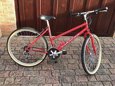 """Retro LADIES Saracen 26"""" Wheel Mountain Bike"""
