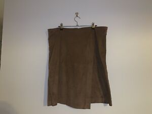 Suede look skirt Zillmere Brisbane North East Preview