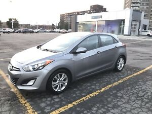 Hyundai Elantra 2013 with 60,000 kñ