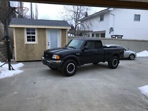 2004 ford ranger fx4 level 2 LOW KM
