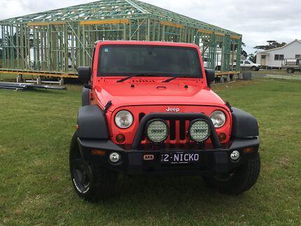 2013 Jeep Sports Wrangler $28000