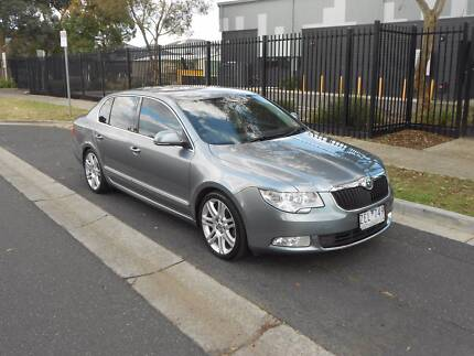 SKODA Superb 118 TSI Ambition auto