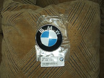 Bmw Hood Emblem shipped From US Please read the descriptions