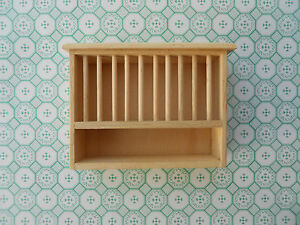 DOLLS HOUSE MINIATURE FURNITURE IN 1/12 SCALE HANDMADE PLATE RACK