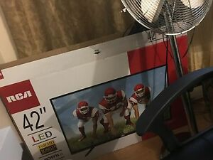 42 INCH LED RCA TV BRAND NEW IN BOX