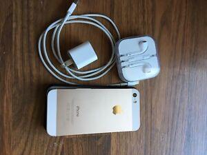 iPhone 5s comme neuf - gris doré