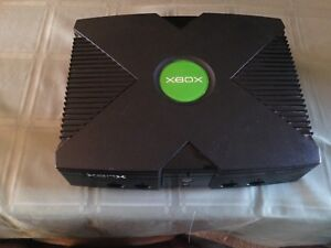 Original Xbox with 14 games and 2 controllers