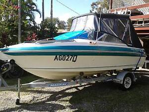 """Custom Haines Signature 520BR Bowrider With 2004 135 HP Evinrude"""" Nerang Gold Coast West Preview"""